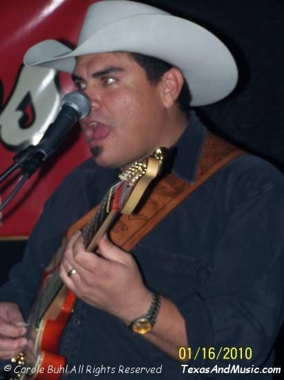 Vince Moreno @ Giddy Ups (01/16/2010)