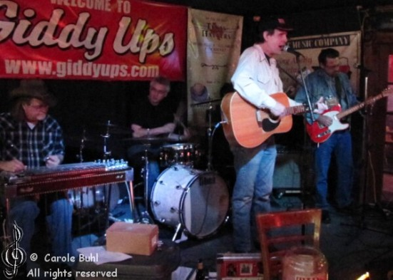 Ted Roddy @ Giddy Ups (01/22/2011)
