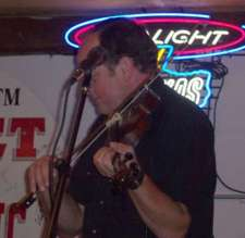 Don Raby making that fiddle talk